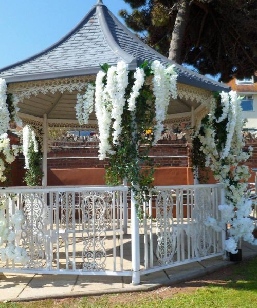 Torbay_display_flowers_wedding_outdoors